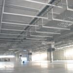 工場内全体空調ダクト設備